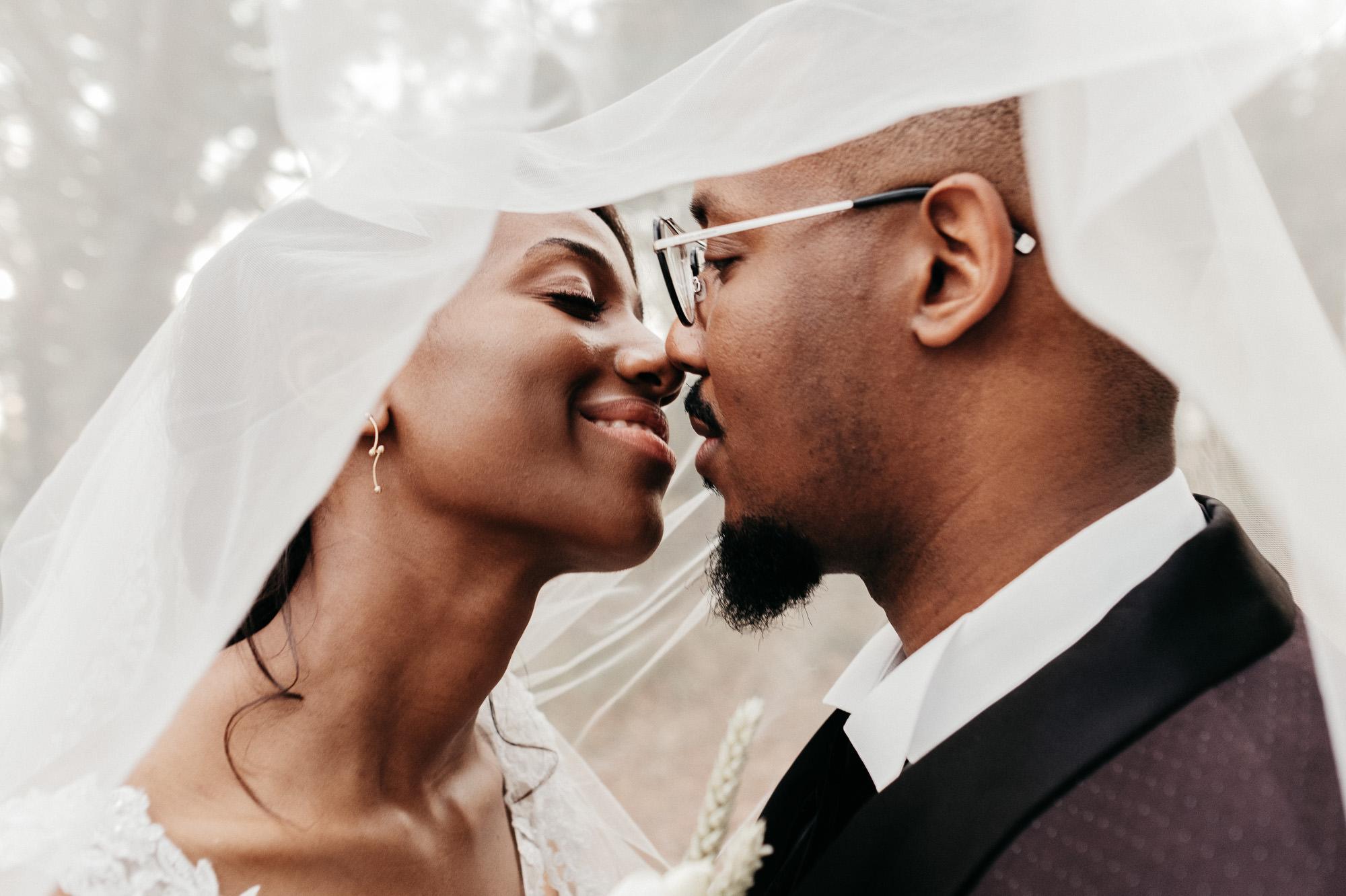 mariage au manoir du tronchet a etempes - warren lecart photographe